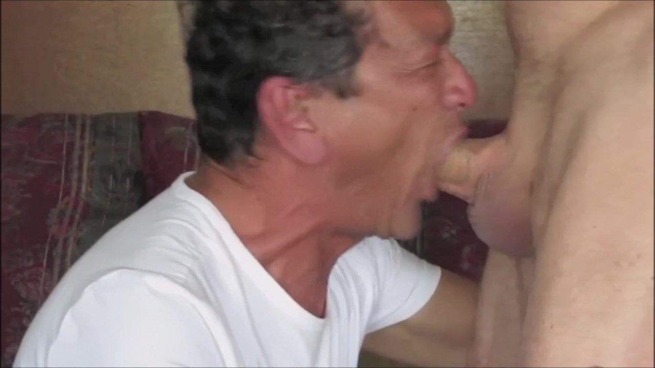 Deepthroat Blowjob Cum Swallow  Redtube Free Gay Porn -5511