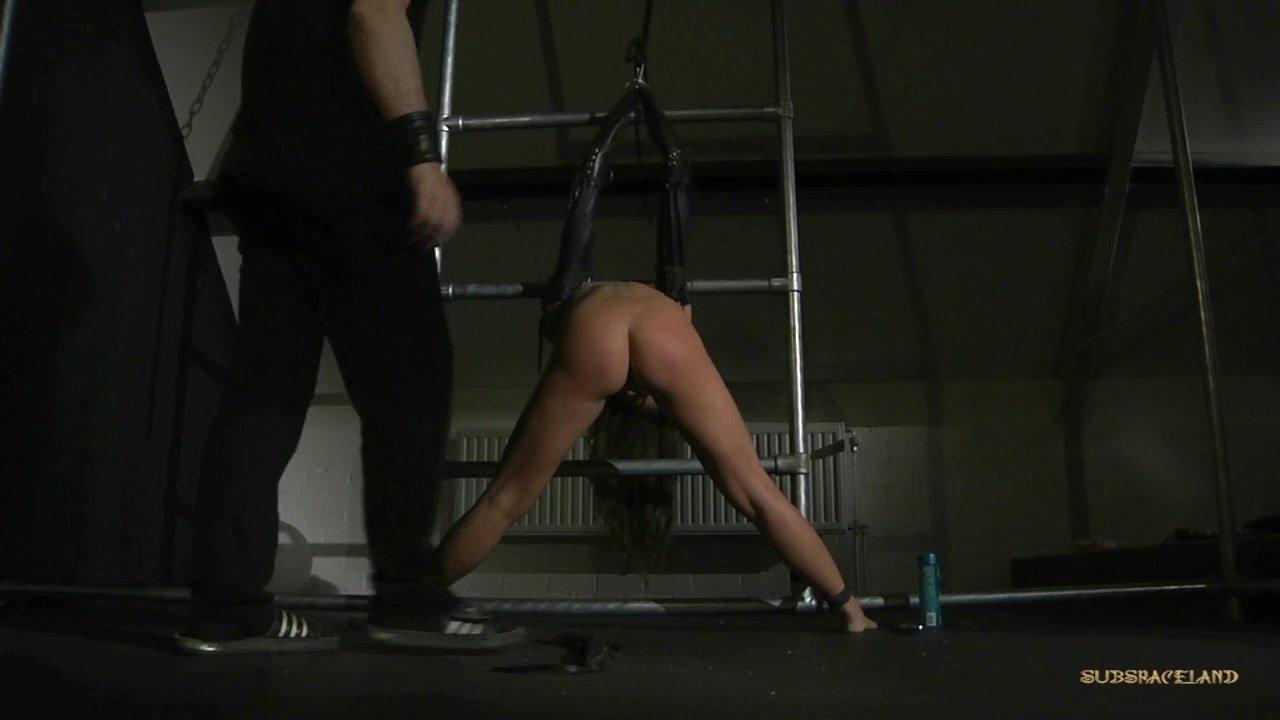 Petite Sub Slave Anal Masturbated In Rough Bondage -8444