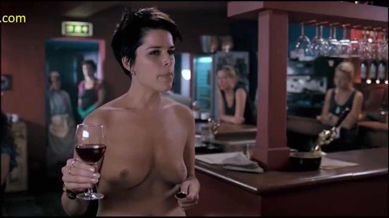 Neve campbell desnudo clips de película