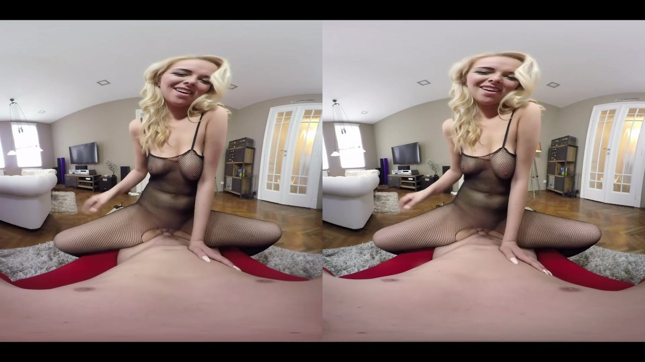 Nikky Dream and her incredible fishnet and bathroom sex