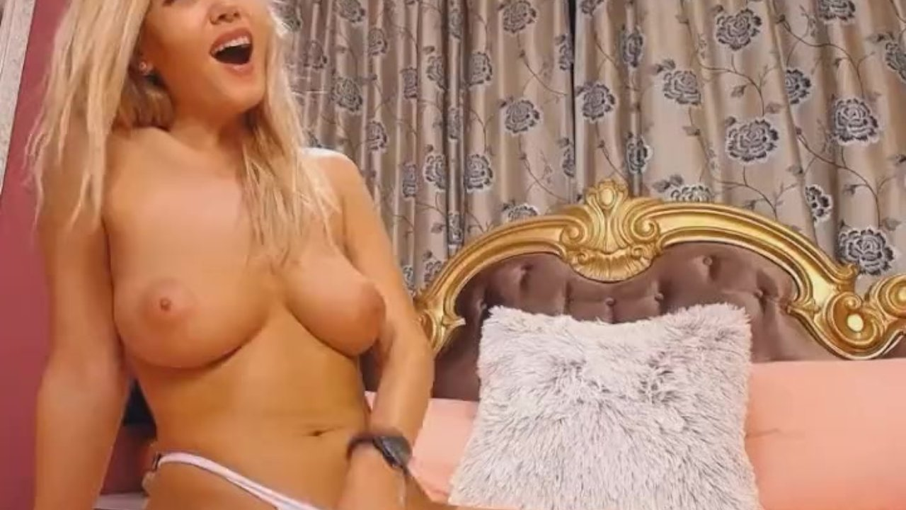 Busty Blonde in a Hot Pussy and Anal Play
