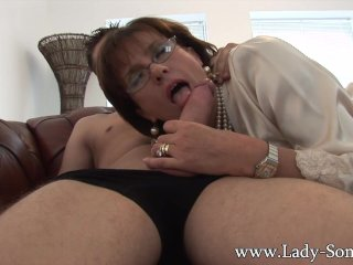 Lady sonia gives young worker blowjob...