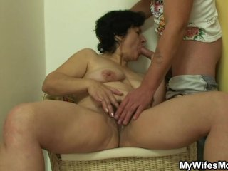 She finds her old her bf s cock...