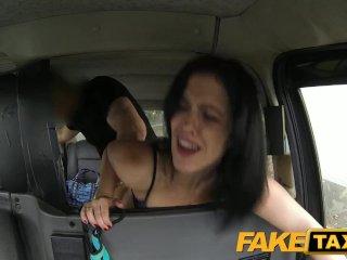 Španielka v taxíku to má rada do zadočku