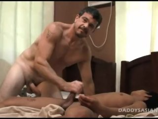 Daddy Plays With Str8 Asian Boy
