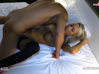 Prostitútka na hotelovej izbe