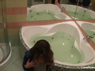 A catch bathtub is a marvellous place for masturbation!