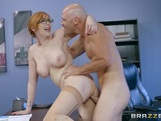 Manažér si zašuká so svojou sekretárkou