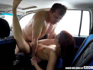 Sex zafo v aute