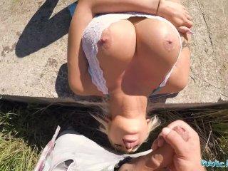 Rozpalená barbie šuká v parku za peniaze