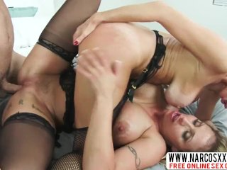 Conscientious Not-Aunt Eva Notty And Veronica Avluv In Stockings In 3some