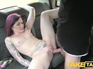 Fake Taxi americká červenovláska má sex zo šoférom