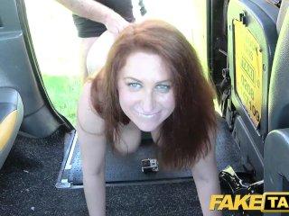 Ryšavka si neskutočne užíva sex vo Fake Taxi