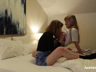 príťažlivé Lesbičky Sex fotografie