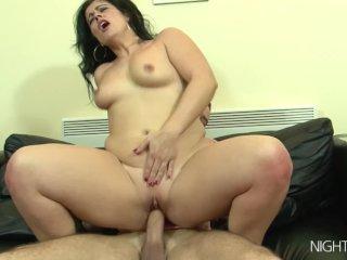 My Stepmom Masturbating Right Now