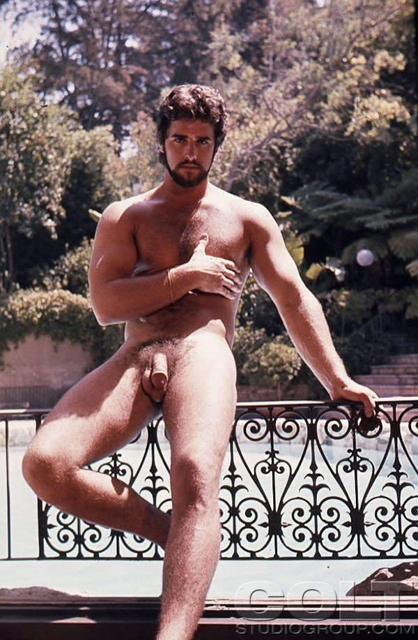 Finest Nude Vintaige Guys Pic