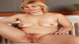 Black milf porn video free