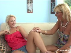 Hot MILF licks her blonde stepdaughter's pussy