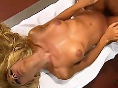 French beauty NJ De Bahia has kitchen sex