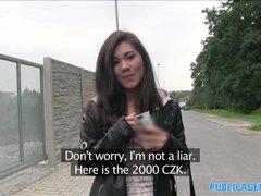 PublicAgent narazí na sexy aziatku
