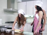 Stacy Snake and Francys Belle Creampied