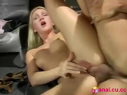 arab muslim slut masturbates to orgasm on freebestcams