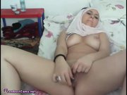Amateur Teen In Hijab Masturba