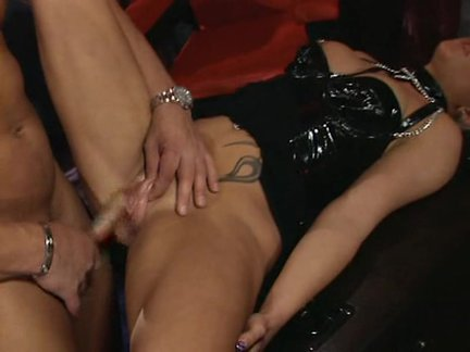 Extreme Pussy Pumping 11