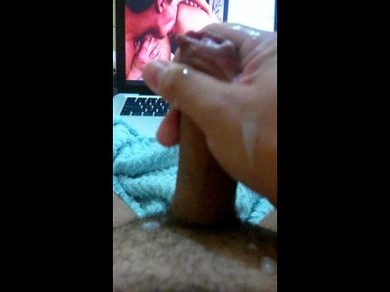 amateur handjob watching pornvideo